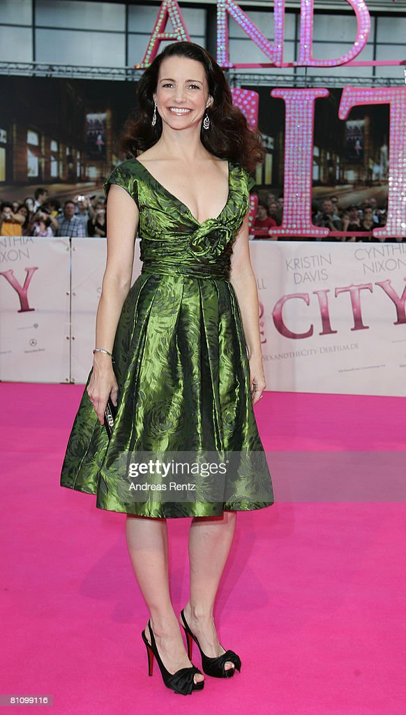 Actress Kristin Davis arrives at the German premiere of 'Sex And The City' at the cinestar on May 15, 2008 in Berlin, Germany.