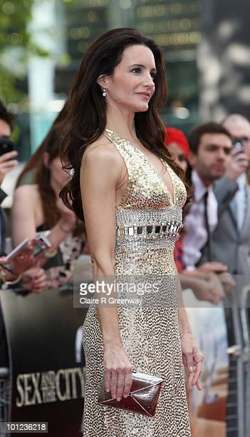 Actress Kristin Davis arrives at the UK premiere of 'Sex And The City 2' at Odeon Leicester Square on May 27, 2010 in London, England.