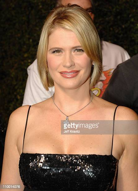 Actress Kristy Swanson arrives at the 2007 Spike TV Scream Awards at The Greek Theater on October 19, 2007 in Los Angeles, California.