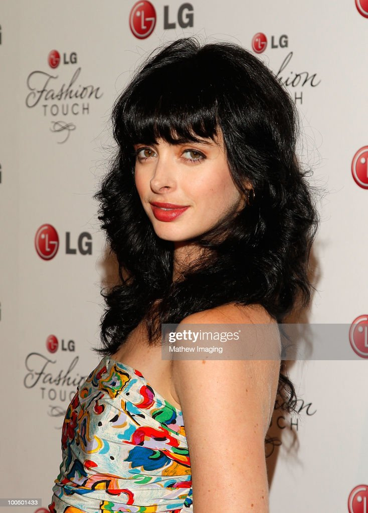 Actress Krysten Ritter arrives at the Victoria Beckham and Eva Longoria Parker Host a Night of Fashion and Technology with LG Mobile Phones at Soho House on May 24, 2010 in West Hollywood, California.