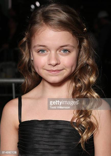 Actress Kylie Rogers attends the Premiere Of Columbia Pictures' Miracles From Heaven Red Carpet at ArcLight Hollywood on March 9 2016 in Hollywood...