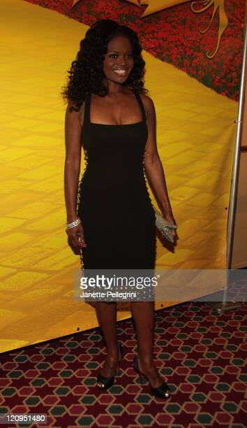 Actress LaChanze attends the opening night of 'The Wiz' during the Encores Summer Stars Series at New York City Center on June 18 2009 in New York...