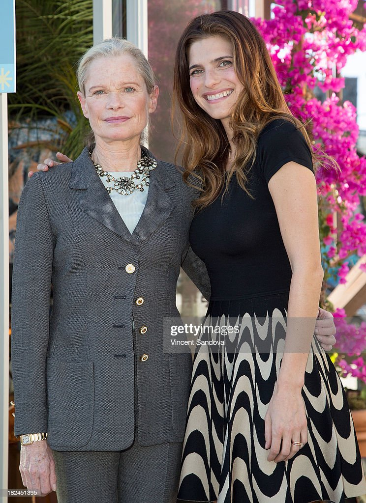 Actress Lake Bell R And Mother Designer Robin Attend The Airbnb Presents Hello