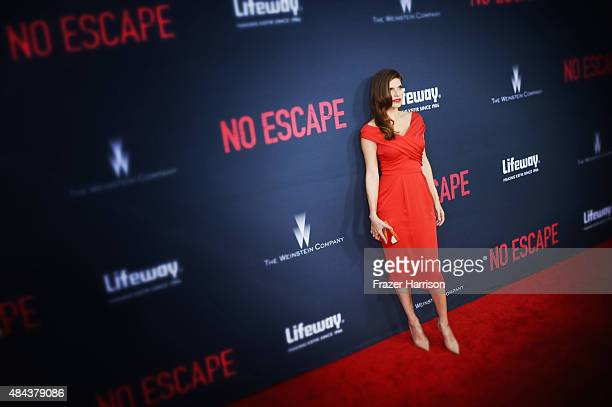 """Actress Lake Bell arrives at The Premiere Of The Weinstein Company's """"No Escape"""" at Regal Cinemas L.A. Live on August 17, 2015 in Los Angeles,..."""