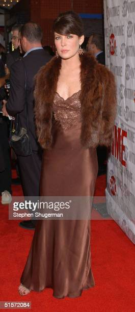 Actress Lara Flynn Boyle attends the premiere of the new Showtime Original Series 'Huff' at the Crest Theatre on October 25 2004 in Los Angeles...