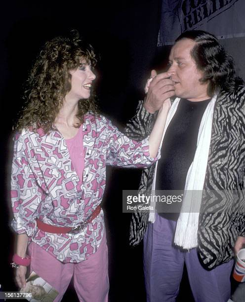 Actress Laraine Newman and comedian Sam Kinison attend the Comic Relief Benefit on March 29 1986 at Universal Amphitheatre in Universal City...
