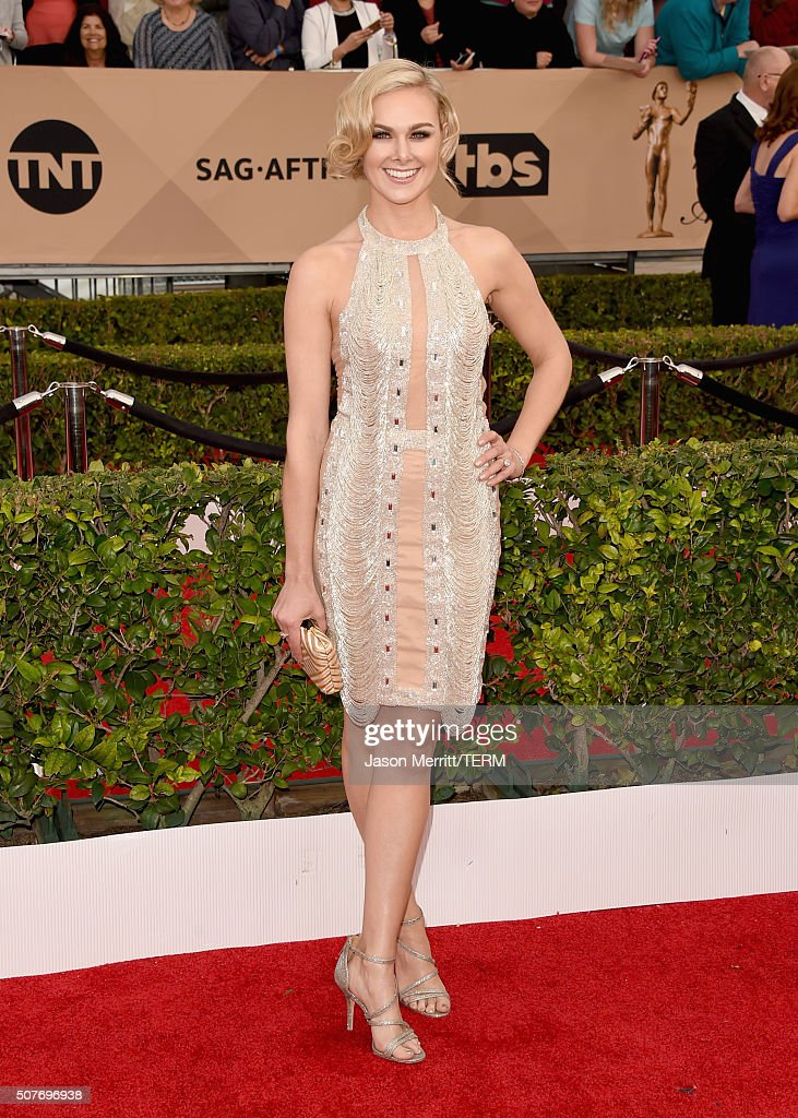 Actress Laura Bell Bundy attends The 22nd Annual Screen Actors Guild Awards at The Shrine Auditorium on January 30, 2016 in Los Angeles, California. 25650_015