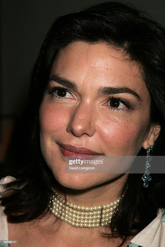 Actress Laura Harring poses at HBO's Annual Pre-Golden Globe Reception at Chateau Marmont on January 14, 2006 in Los Angeles, California.