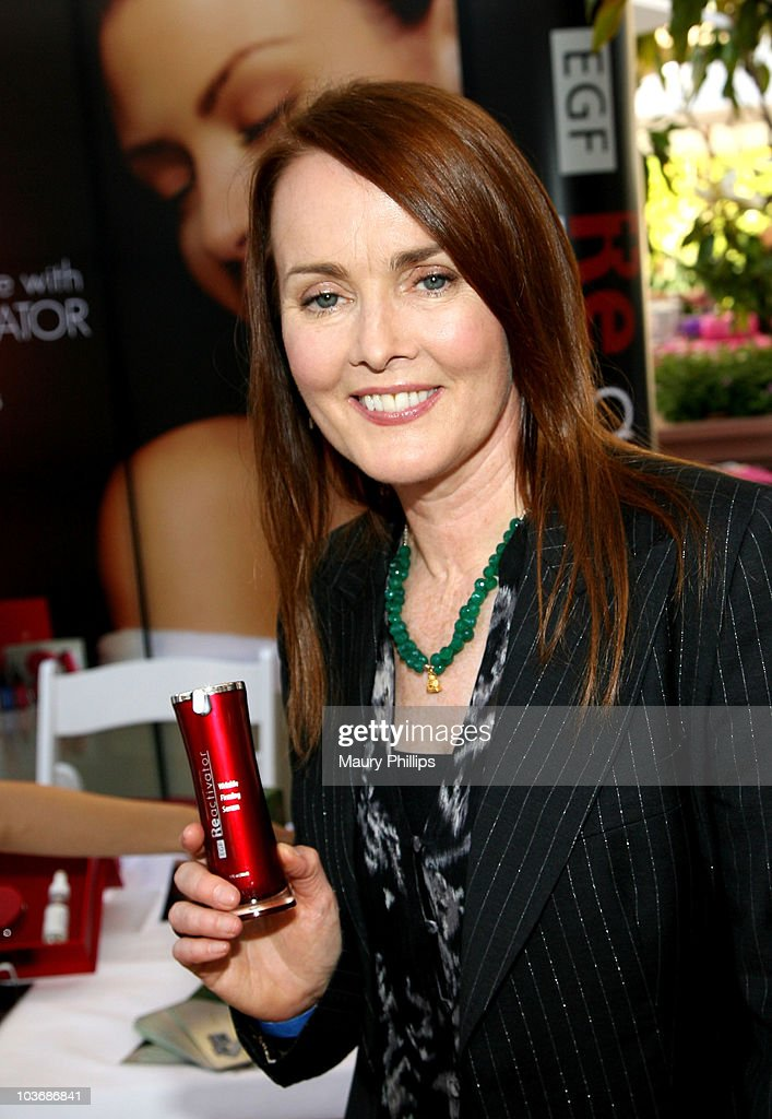 Actress Laura Innes poses at Eudora International booth during Kari Feinstein Primetime Emmy Awards Style Lounge Day 2 held at Montage Beverly Hills hotel on August 26, 2010 in Beverly Hills, California.