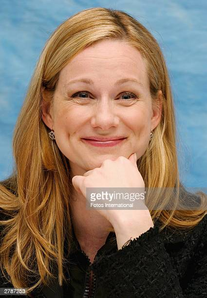 "Actress Laura Linney answers questions from the press at a junket for her new film ""Love Actually"" at the Dorchester Hotel October 10, 2003 in..."