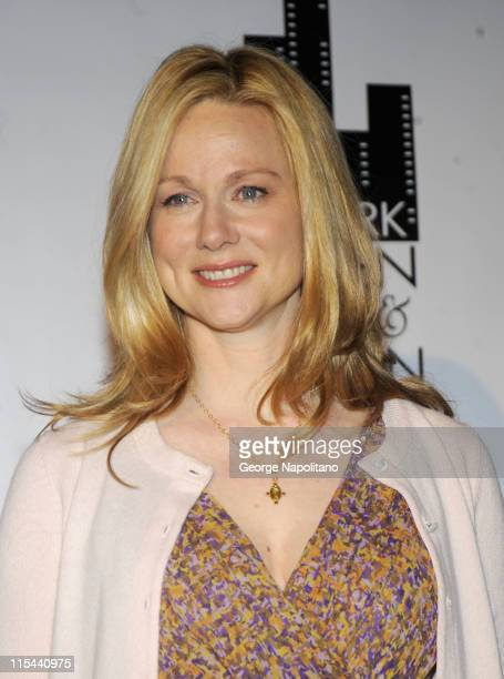 Actress Laura Linney attends the 28th annual Muse Awards for Outstanding Vision and Achievement at the Waldorf Astoria on December 9, 2008 in New...