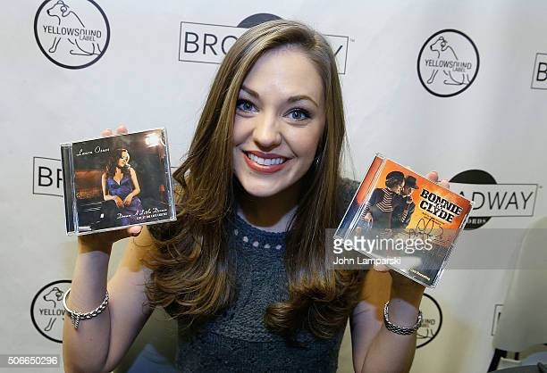 Actress Laura Osnes attends BroadwayCon 2016 on January 24 2016 in New York City