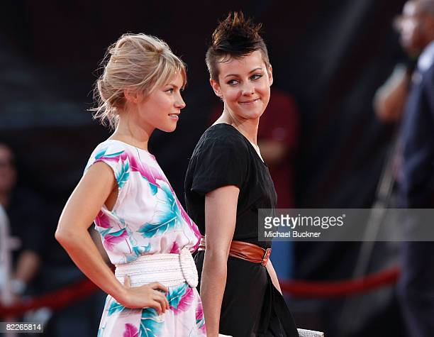 Actress Laura Ramsey and actress Jena Malone arrive at the premiere of Dreamworks Pictures' Tropic Thunder at the Mann Village Theater on August 11...