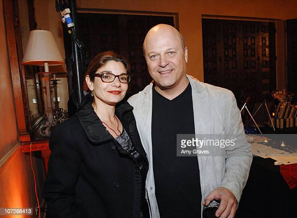 Actress Laura San Giacomo and actor Michael Chiklis attend The Style for Smiles 2008 Dinner Party Sponsored by C Magazine on February 10 2008 in Los...