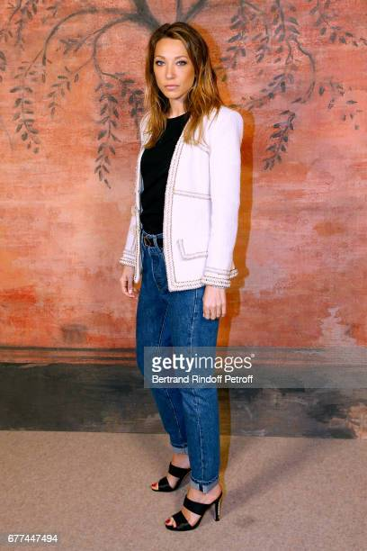 Actress Laura Smet attends the Chanel Cruise 2017/2018 Collection Show Photocall Held at Grand Palais on May 3 2017 in Paris France