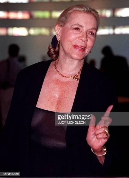 US actress Lauren Bacall arrives to speak at the memorial ... Lauren Bacall Grave