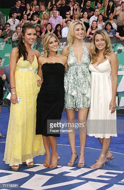Actress Lauren Conrad and the rest of the cast of The Hills arrive to the 2006 MTV Movie Awards at Sony Pictures Studio on June 32006 in Culver City...
