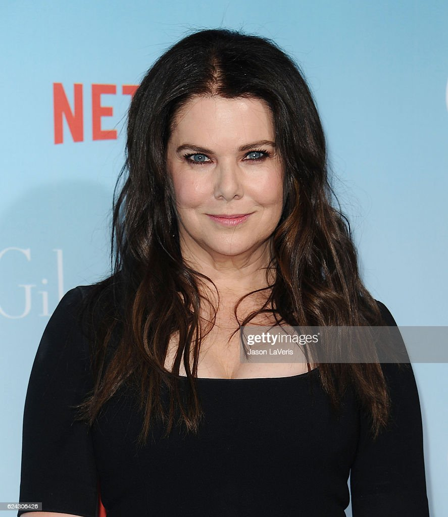 Actress Lauren Graham attends the premiere of 'Gilmore Girls: A Year in the Life' at Regency Bruin Theatre on November 18, 2016 in Los Angeles, California.