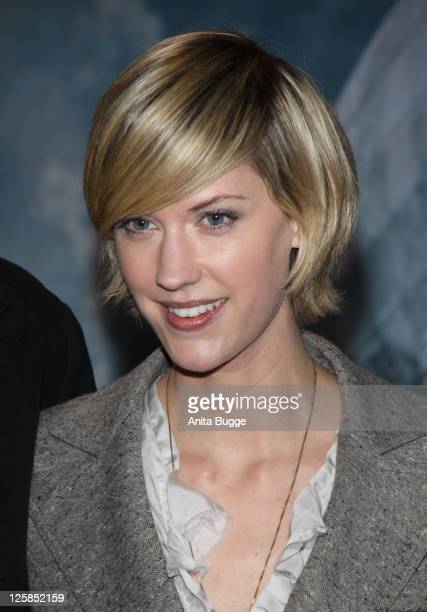 Actress Lauren Lee Smith arrives at the Kosmos movie theater for the Hindenburg premiere on January 18 2011 in Berlin Germany