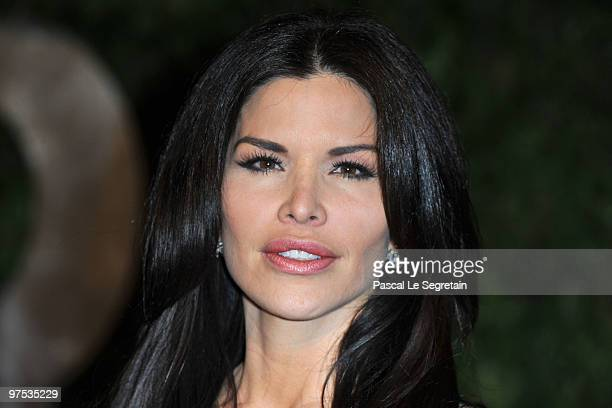 Actress Lauren Sanchez arrives at the 2010 Vanity Fair Oscar Party hosted by Graydon Carter held at Sunset Tower on March 7 2010 in West Hollywood...