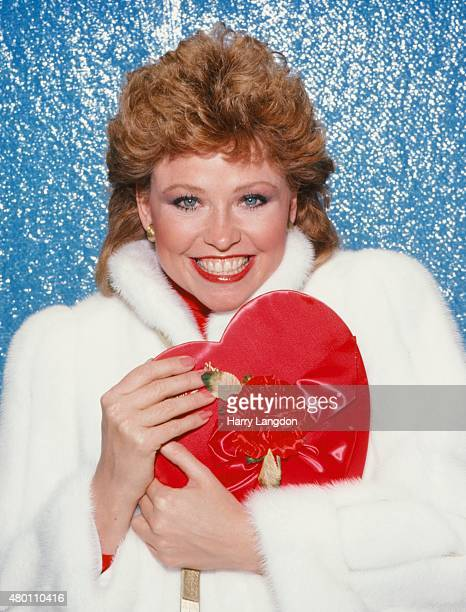 Actress Lauren Tewes poses for a portrait in 1983 in Los Angeles California