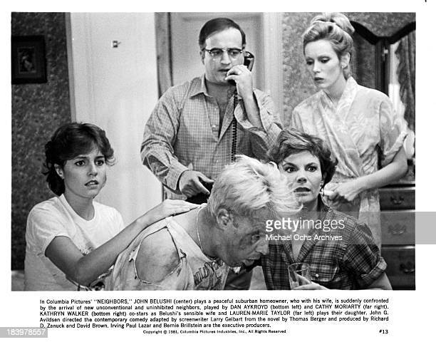 Actress LaurenMarie Taylor actor Dan Aykroyd actor John Belushi actress Cathy Moriarty and Kathryn Walker on set of the Columbia Pictures movie...
