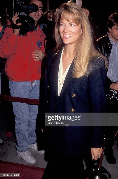 Actress Leann Hunley attends the 'Mermaids' Beverly Hills Premiere on December 10 1990 at the Academy of Motion Picture Arts Sciences in Beverly...