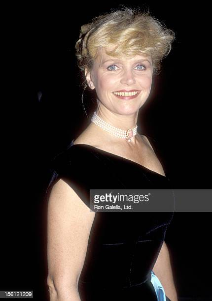Actress Lee Remick attends a Tribute to George Cukor on November 4 1984 at USC's Town and Gown Hall in Los Angeles California