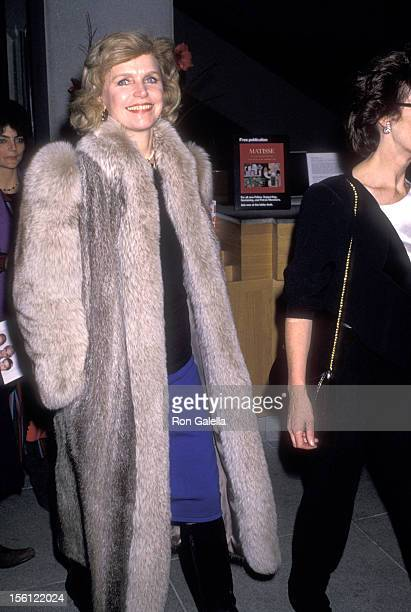 Actress Lee Remick attends the 'Dangerous Liaisons' New York City Premiere on December 19 1989 at Museum of Modern Art in New York City New York