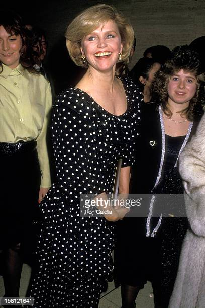 Actress Lee Remick attends the Directors Guild of America DW Griffith Award Honoring Robert Wise on February 16 1988 at Lincoln Center Library in New...
