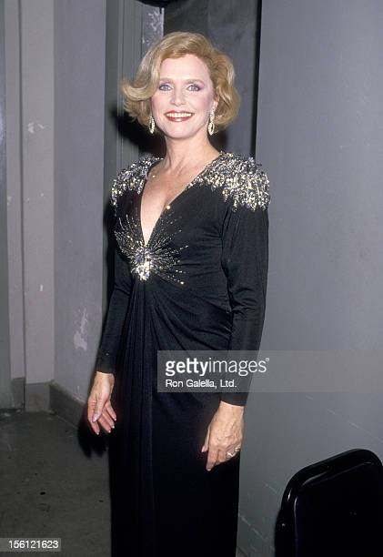 Actress Lee Remick attends the Eighth Annual National CableACE Awards on January 20 1987 at Wiltern Theatre in Los Angeles California