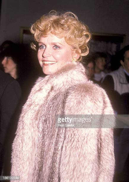 Actress Lee Remick attends the Kennedy Center Honors Gala on December 4 1983 at Kennedy Center Opera House in Washington DC