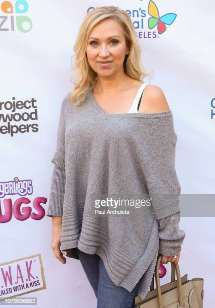 Actress LeighAllyn Baker attends the Project Hollywood Helpers community service event at the Skirball Cultural Center on December 08 2018 in Los...