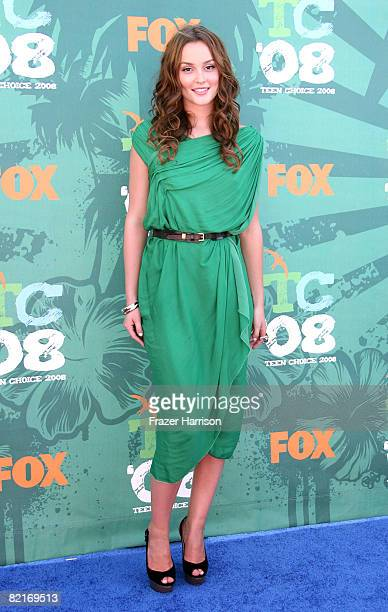 Actress Leighton Meester arrives at the 2008 Teen Choice Awards at Gibson Amphitheater on August 3 2008 in Los Angeles California