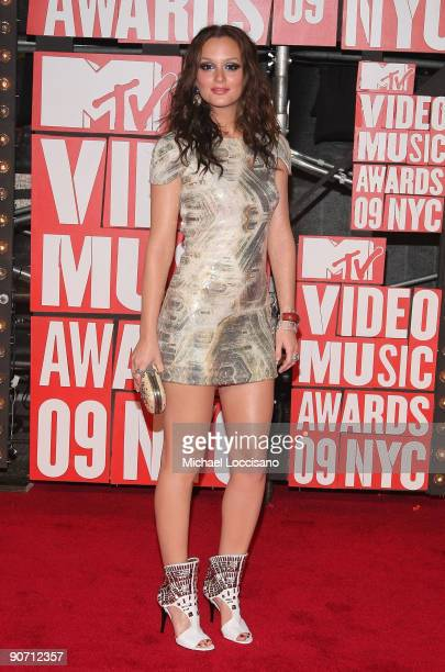 Actress Leighton Meester arrives at the 2009 MTV Video Music Awards at Radio City Music Hall on September 13 2009 in New York City