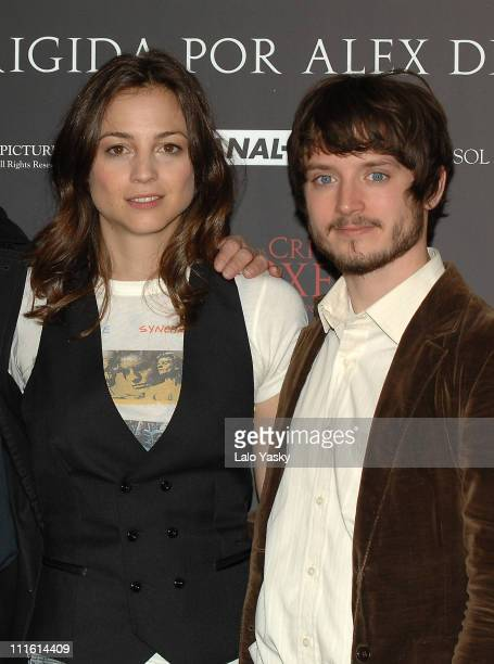 Actress Leonor Watling and actor Elijah Wood attend a photocall for The Oxford Murders at the Intercontinental Hotel on January 14 2007 in madrd Spain