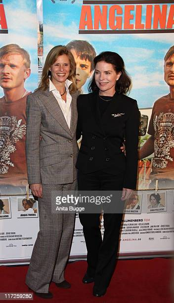 Actress Leslie Malton and actress Gurdrun Landgrebe attend the Waiting for Angelina Germany premiere on January 8, 2009 in Berlin, Germany.