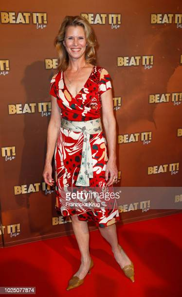Actress Leslie Malton attends the musical premiere of 'BEAT IT! - Die Show ueber den King of Pop' at Stage Theater on August 29, 2018 in Berlin,...