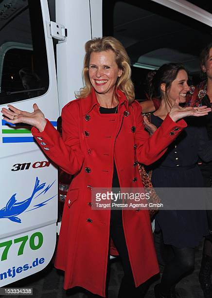 Actress Leslie Malton attends the premiere of the movie '3 Zimmer, Kueche, Bad' at 'Kulturbrauerei' on October 3, 2012 in Berlin, Germany.