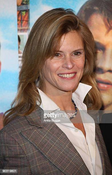 """Actress Leslie Malton attends the """"Waiting for Angelina"""" Germany premiere on January 8, 2009 in Berlin, Germany."""