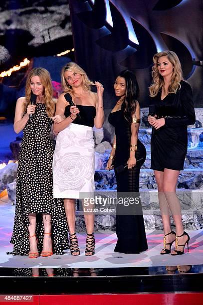 Actress Leslie Mann actress Cameron Diaz recording artist/actress Nicki Minaj and model/actress Kate Upton speak onstage at the 2014 MTV Movie Awards...