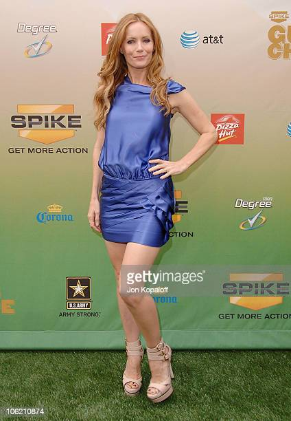 Actress Leslie Mann arrives at Spike TV's 3rd Annual Guys Choice Awards at Sony Studios on May 30 2009 in Los Angeles California