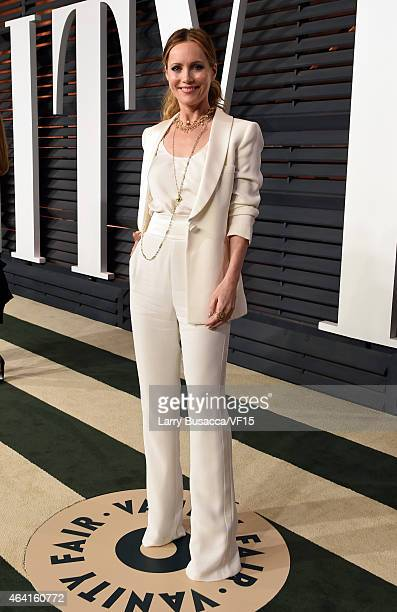 Actress Leslie Mann attends the 2015 Vanity Fair Oscar Party hosted by Graydon Carter at the Wallis Annenberg Center for the Performing Arts on...