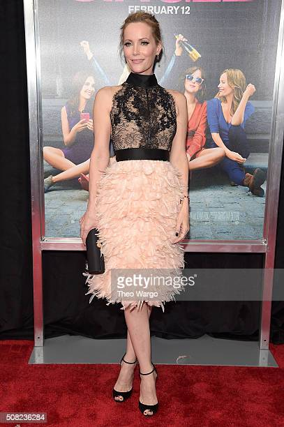 Actress Leslie Mann attends the New York premiere of 'How To Be Single' at the NYU Skirball Center on February 3 2016 in New York City