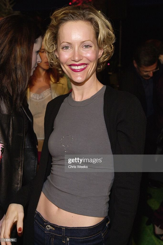 """Los Angeles Premiere Of """"How The Grinch Stole Christmas"""" : News Photo"""