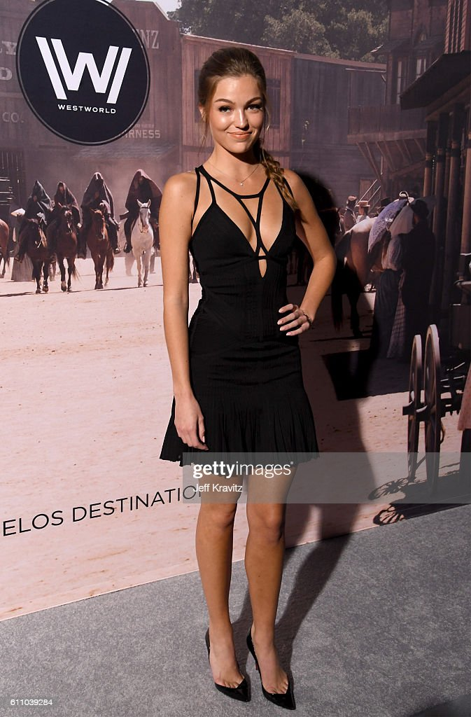 Actress Lili Simmons attends the premiere of HBO's 'Westworld' at TCL Chinese Theatre on September 28, 2016 in Hollywood, California.
