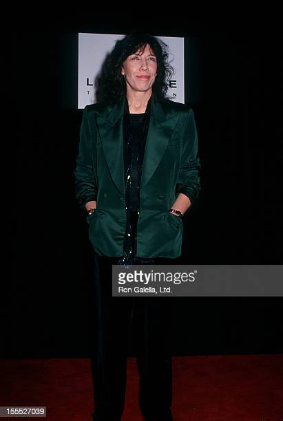 Actress Lily Tomlin attending Amnesty International Benefit Free to Laugh on March 8, 1992 at the Wiltern Theater in Hollywood, California.