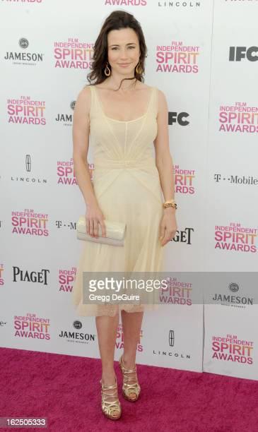 Actress Linda Cardellini arrives at the 2013 Film Independent Spirit Awards at Santa Monica Beach on February 23 2013 in Santa Monica California