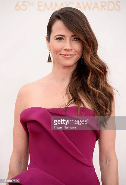 Actress Linda Cardellini arrives at the 65th Annual Primetime Emmy Awards held at Nokia Theatre L.A. Live on September 22, 2013 in Los Angeles,...