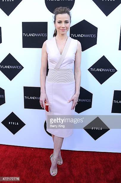 Actress Linda Cardellini attends the 2015 TV LAND Awards at Saban Theatre on April 11, 2015 in Beverly Hills, California.